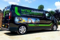 M-Tec-Barkers-Sign-Services-Rutland-Vehicle-Signs-98_